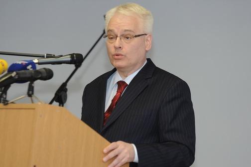 Predsjednik RH Ivo Josipović na Božićnom bogoslužju zagrebačkih EPC